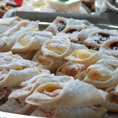 Cakes-Pastries