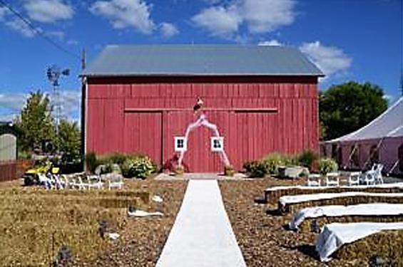 Zacharys-Red-Barn